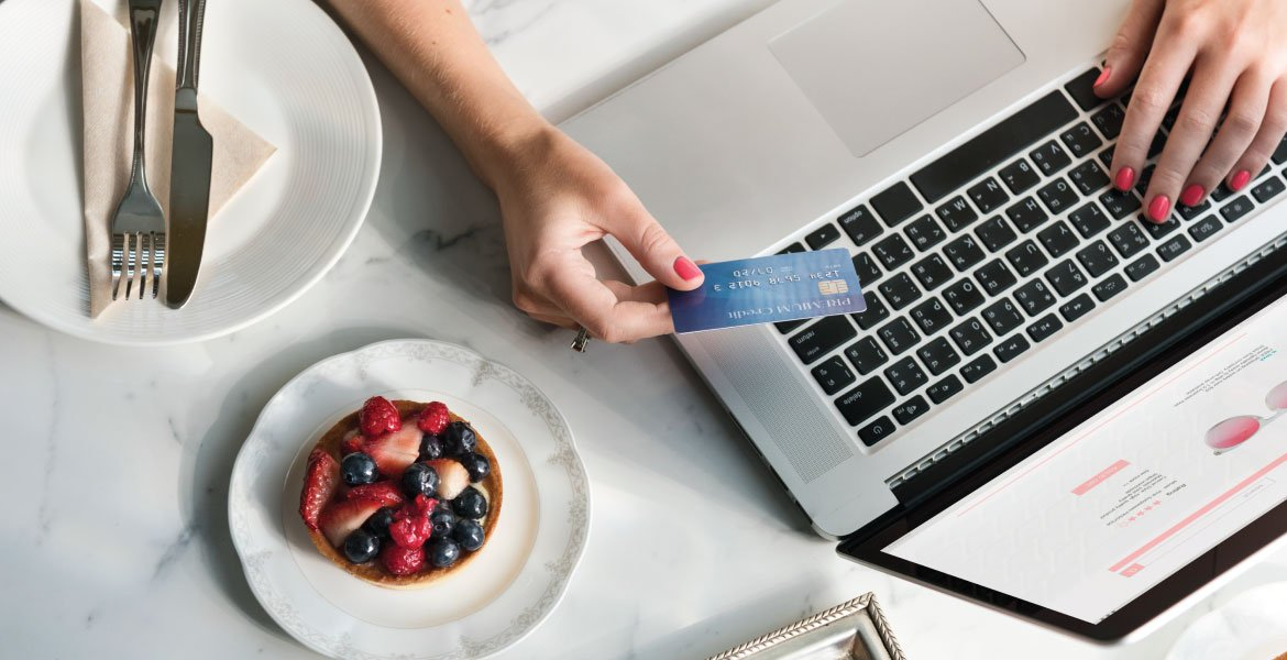 7 Benefits Of Ecommerce For Small Retailers - HITS
